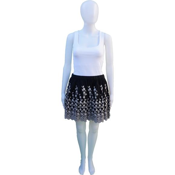 Ulla Johnson Dresses & Skirts - ULLA JOHNSON BLACK AND CREAM FLORAL EMBROIDERED MI